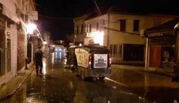 Ноќна дезинфекција на улиците низ градот