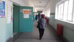 Излезност од 32,75 проценти во Битола до 15 часот