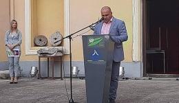 Да се спротивствиме и на едно радикално фашистичко движење кое со гол популизам се наметнува особено кај младите,  рече Груевски