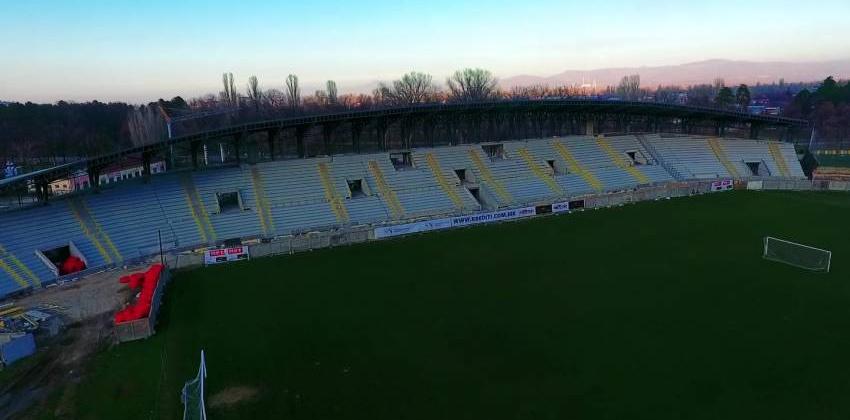 Изградбата на Стадионот под Тумбе Кафе  влегува во финиш