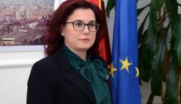 Градоначалничката Петровска со честитка за 9 Мај
