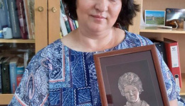 Признанието  Библиотекар на годината за Фатма Бајрам Аземовска од Битолската библиотека